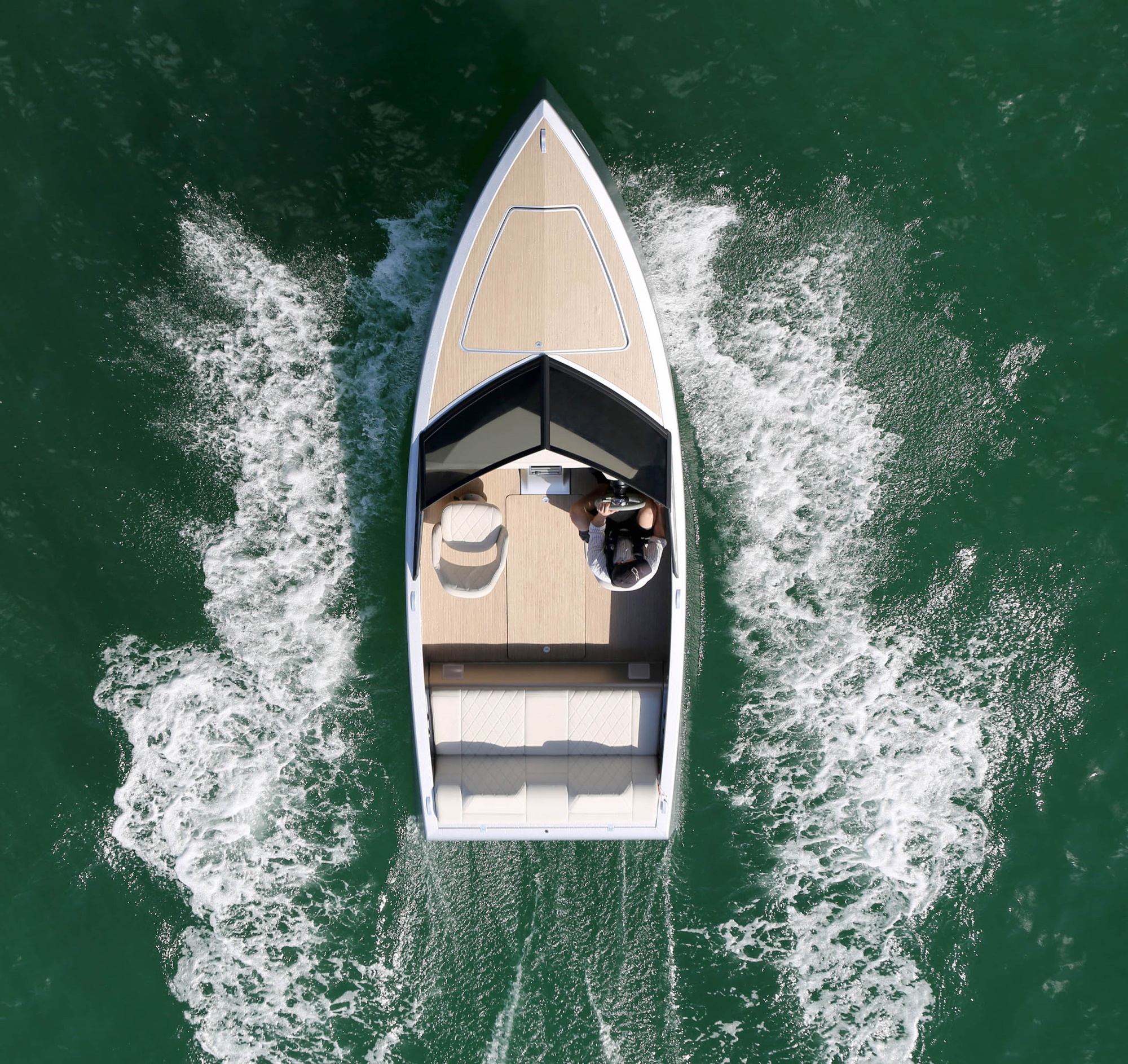 Zin Boats reinvents the electric speedboat in a bid to become the Tesla of the sea 2