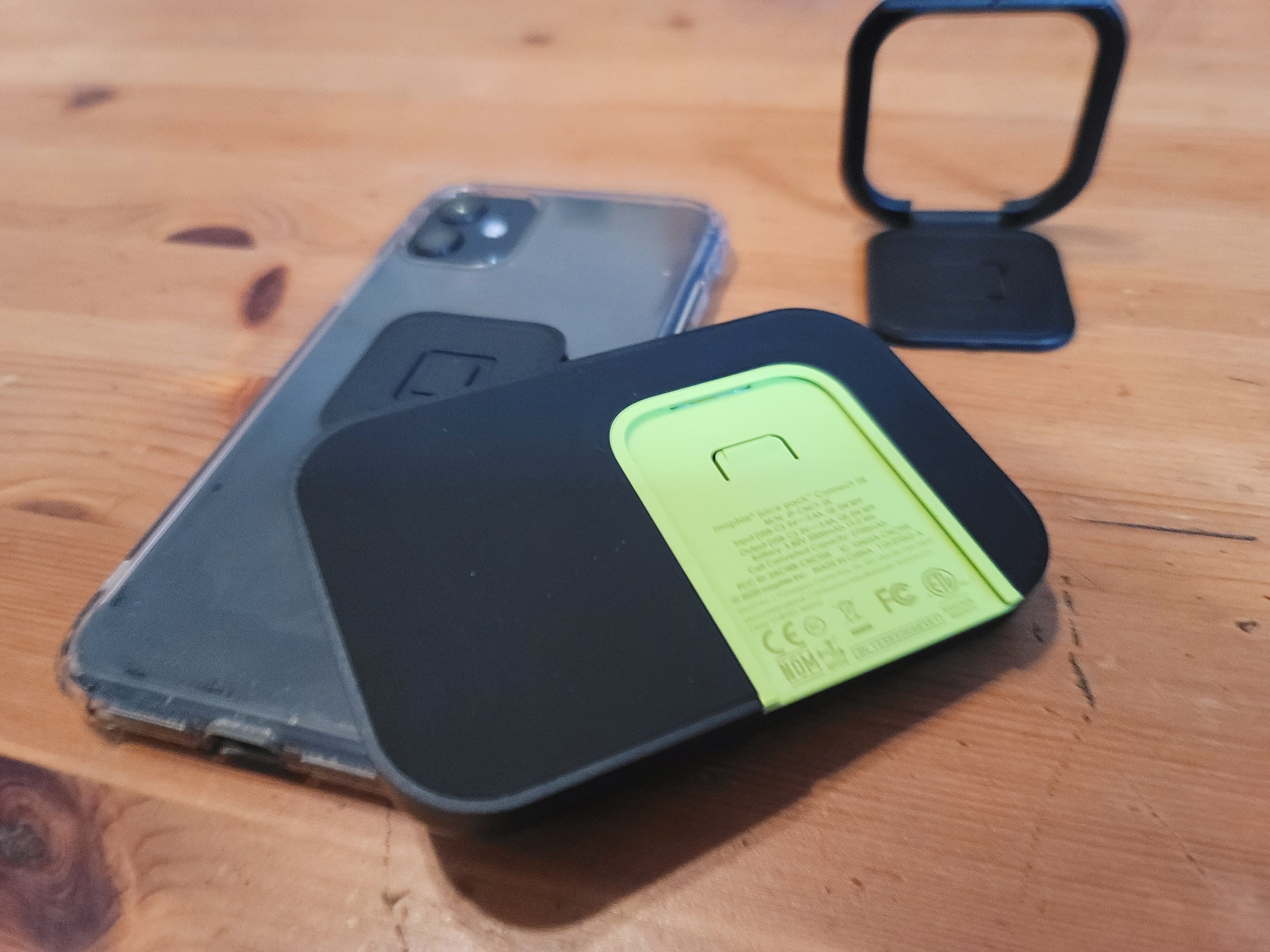 Hands-on with Mophie's new modular smartphone battery case 2